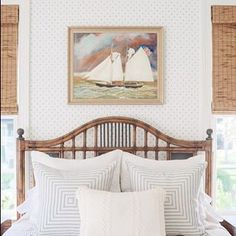 Coastal bedroom. (be