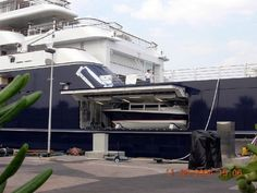 Yacht Octopus   http://www.yachtforums.com/threads/octopus-up-close-and-personal.5056/