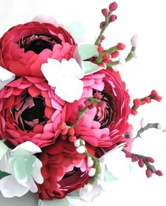 paper bouquet are you kidding me its freakin gorgeous i want it just for my nightstand!