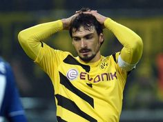 Manchester United transfer news and rumours: Late bids for Mats Hummels and Radja  Buzz Blog