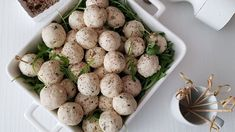 Aperitive rapide cu cascaval si mascarpone - Bucataresele Vesele Potato Salad, Potatoes, Vegetables, Ethnic Recipes, Food, Mascarpone, Potato, Essen, Vegetable Recipes