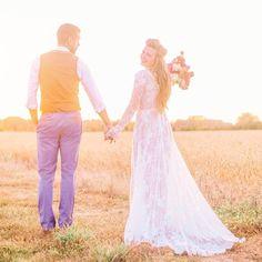 @kayenglishphotography here again for #weddingwednesday with this gorgeous sunset lighting with #londonwedding designer @shehurina beautiful #bouquet by @reveriemade   #happilyeverafter #justmarried #brideandgroom #weddingday #weddingdetails #weddinginspiration #weddinginspo #bridetobe #bride #weddings #instawedding #weddingblog by loverly