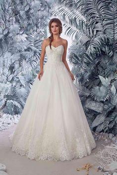 Bridal Lace Wedding Dress Pallavi Open Back Wedding Dress