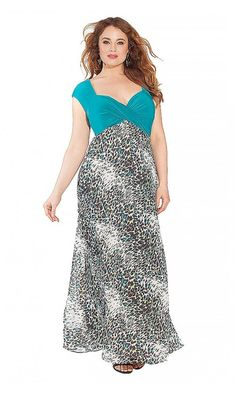 IGIGI Women's Plus Size Brandi Maxi Dress in Jade Emblazoned with print, our Brandi Dress is an artful choice for any evening. Designer Plus Size Clothing, Plus Size Designers, Designer Dresses, Curvy Fashion, Plus Size Fashion, Girl Fashion, Cute Dress Outfits, Cute Dresses, Curvy Plus Size