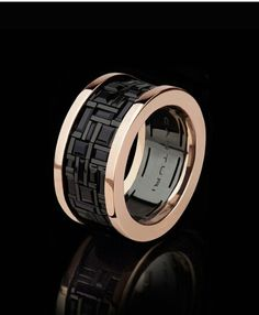 Cubism ring with black sapphire and pink gold #Canturi