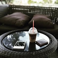 #inst10 #ReGram @dau_leather: Coffee and BlackBerry #blackberry #blackberrypassport #white #coffee #highlands #wallet #đậuleather #đậuleather #thangcao #handmade #BlackBerryClubs #BlackBerryPhotos #BBer #BlackBerry #BlackBerryPassport #Passport #QWERTY #Keyboard