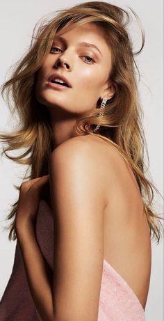 Body Shots, Drop Dead Gorgeous, True Beauty, Gorgeous Women, Long Hair Styles, Emerald, Irish, Models, Inspiration