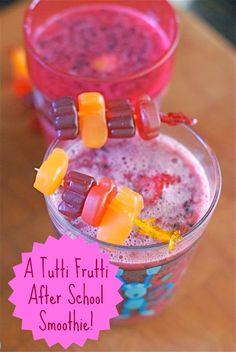 Make Tutti-Frutti Smoothies with Adorable Fruit Skewers #sponsored