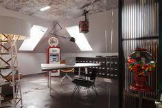 STUDIOe / RESETKOVA student room Student Room, Conference Room, Studio, Table, Furniture, Home Decor, Decoration Home, Room Decor, Studios