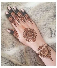 Henna Tattoo Hand, Henna Tattoo Designs, Henna Tattoos, Mehndi Designs Finger, Mandala Tattoo Design, Tattoo Design For Hand, Khafif Mehndi Design, Simple Henna Tattoo, Full Hand Mehndi Designs