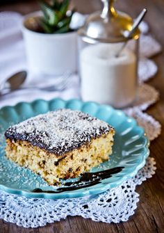 Tiramisu, Ham, Baking, Ethnic Recipes, Food, Cakes, Pineapple, Cake Makers, Hams