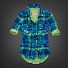 La Jolla Shirt from Hollister Co. Saved to Jasmine J. Shop more products from Hollister Co. Cool Outfits, Summer Outfits, Fashion Outfits, Womens Fashion, Country Girl Style, My Style, Hollister Clothes, Cute Shirts, Flannel Shirts