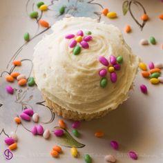 Tea Cupcakes, Garden Cupcakes, Cupcake Icing, Cupcake Cookies, Spice Garden, Cuppa Tea, Fennel Seeds, Kitchen Art, Cup Cakes