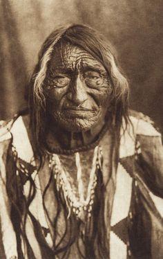 Bull Goes Hunting - Apsaroke (The North American Indian, v. IV. Cambridge, MA: The University Press, 1909)
