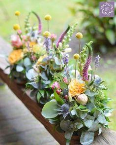 Viva la botany! - #botanicwedding #botanical #wedding #botanicals #flowers #gardenbeauty #gardenflowers #kwiaty #kwiatysapiekne #floraldesign #flowersdecor #weddingflowers #forwedding #slub #wesele #dekorations #weddingdecoration #mywork #yellow #craspedia #natural #polishgirl #polishwoman #artemi_pracownia_florystyczna #artemi