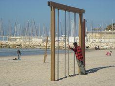 Keep in shape - Tel Aviv, Tel Aviv  Artist: avish  Website: trekearth.com  Shape: geometric