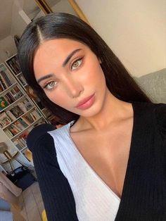 Negin Ghalavand is stunningly angelic [irtr] : BeautifulFemales Glam Makeup, Pretty Makeup, Skin Makeup, Make Up Looks, Beauty Make-up, Hair Beauty, Beauty Hacks, Makeup Goals, Makeup Tips