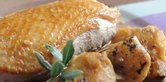 Oie braisée au cidre et aux pommes French Food, Salmon Burgers, Poultry, Baked Potato, Brunch, Turkey, Chicken, Cooking, Ethnic Recipes