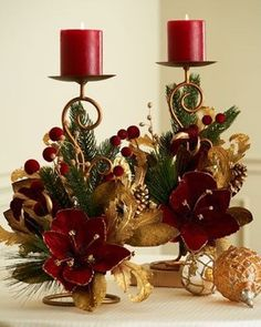Rich Red and Gold Christmas Candle Decor Decoration Evenementielle, Decoration Christmas, Noel Christmas, Christmas Tree Decorations, Christmas Wreaths, Christmas Crafts, Christmas Ornaments, Advent Wreaths, Nordic Christmas