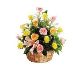 Fresh flowers #bouquetonlinedelivery in India. Visit - http://yupflowers.com/