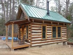 Living off-grid means taking more responsibilities for yourself rather than relying on the middlemen who just want to exploit your need for them. Living off-grid means avoiding oneself from being t… Source by ginniecope Tiny House Cabin, Log Cabin Homes, Small House Plans, Tiny Houses, Log Cabin Exterior, Off Grid Tiny House, Shed Cabin, Barn Houses, Small Log Cabin Plans