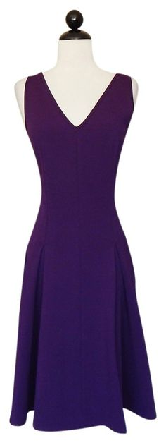 St. John Luxe Mulberry Sculpture Knit Dress. Free shipping and guaranteed authenticity on St. John Luxe Mulberry Sculpture Knit DressST. JOHN Luxe Purple Mulberry Sculpture Stretch Kn...