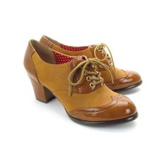 Randi Oxford Heels in Gold  (8.5) http://www.baitfootwear.com/