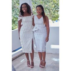 My sister's from another Mother, 😘😘😘😘😘 love you guys Short African Dresses, African Lace Styles, Latest African Fashion Dresses, African Print Dresses, African Print Fashion, Mode Origami, Lace Gown Styles, Swagg, Bridesmaid Dress