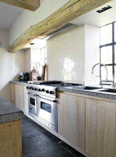 je continue dans les cuisines chez Gérard Kempen  NON MAIS ! QUI DIT MIEUX ? Les hollandais sont trop bon dans la...