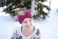 Remember this beautiful yarn!? It's been transformed…into a free head wrap crochet pattern! The Everly Head Wrap MATERIALS J hook Worsted Weight Yarn Yarn Needle Scissors YARN NOTES I u…