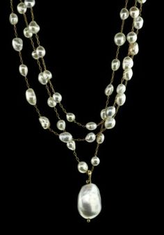TAHITIAN PEARL LONG NECKLACE WITH BAROQUE PEARL PENDANT