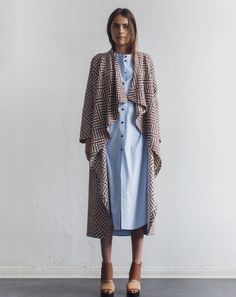 Rodebjer Vive Robe Coat in Brick and White