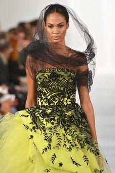 New York Fashion Week Spring/Summer 2014: Oscar De La Renta