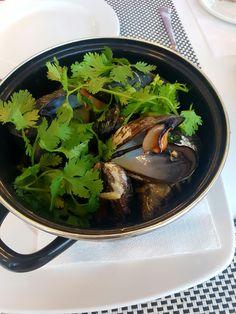 Mussels coconut souce/ Pedras Amarelhas Restaurante Gale Portugal / yumyy/ delicious/ mussels/ coconut