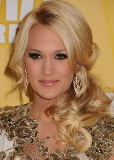red carpet hairstyles carrie underwood | carrie to make the simplest hairstyle look incredible carrie underwood ...