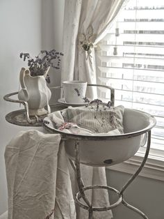 "I've never seen a basin wash stand like this before...""Shabbilicious Friday Link Party - featured - Chateau Chic"""