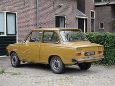 DAF 46, in this hideous color!