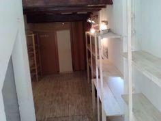 alquilo local. acondicionado. suelo de madera,aseo,peque�o almac�n,altas de luz,agua,zona de mucho paso