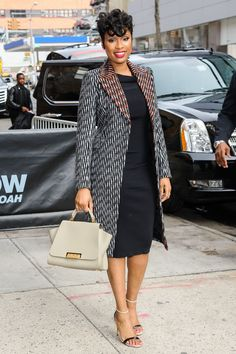 Jennifer Hudson Arrives at Daily Show with Trevor Noah in New jd c. African Fashion Ankara, Latest African Fashion Dresses, African Print Fashion, Short African Dresses, African Print Dresses, Jennifer Hudson, New Yorker Mode, African Traditional Dresses, Bohemian Mode