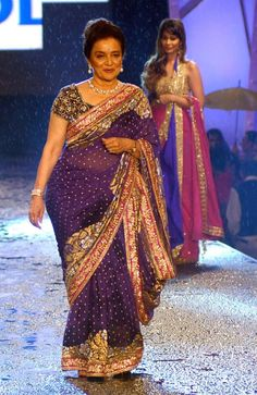Asha Parekh at Manish Malhotra's fashion show #Bollywood #Fashion