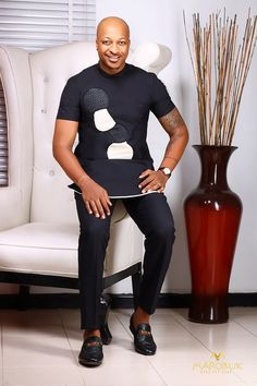 Latest Nigerian men traditional and native wears styles and designs for Naija men to rock. these are the best native senator styles for men African Dresses Men, African Blouses, African Attire For Men, African Clothing For Men, African Shirts, African Wear, Latest African Men Fashion, Africa Fashion, Fashion Men
