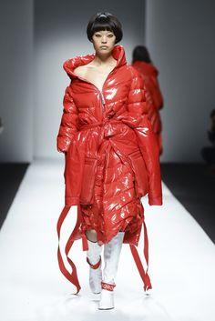 NOWFASHION:實時時尚新聞,攝影流和實時時裝秀