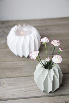 Geometrische Vase & Windlicht im Origami-Design - Handmade Kultur