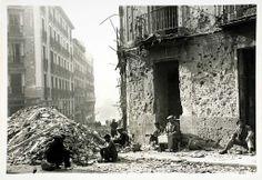 Vivir bajo las bombas. Destrozos en Madrid.