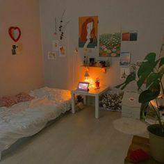 Room Ideas Bedroom, Bedroom Decor, Entryway Decor, Bedroom Furniture, Aesthetic Room Decor, Minimalist Room, Pretty Room, Cozy Room, Home Interior