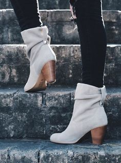The Tularosa Slouchy heeled bootie from Sole Society. Fashion Mode, Look Fashion, Fashion Shoes, Autumn Fashion, Womens Fashion, Fashion Trends, Cute Shoes, Me Too Shoes, Bootie Boots