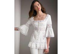 Beautiful portrait neckline and lace detailed blouse Blouse And Skirt, Blouse Dress, Lace Dress, Kurta Designs, Blouse Designs, Boho Fashion, Fashion Dresses, Womens Fashion, Sewing Blouses