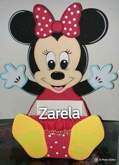 Mickey Party, Hat Boxes, Ideas Para Fiestas, Marie Claire, Emoji, Walt Disney, Mickey Mouse, Baby Boy, Baby Shower