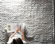 Extremely Chunky Knits By Anna Mo Look Like They're Knit By Giants