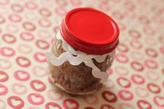 Homemade brown sugar scrub from iheartnaptime.net . Place in recycled jars and hand out as gifts!   http://www.iheartnaptime.net/brown-sugar-scrub/
